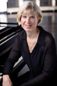 Nelda Swiggett   Pianist, Composer, Vocalist, Teacher